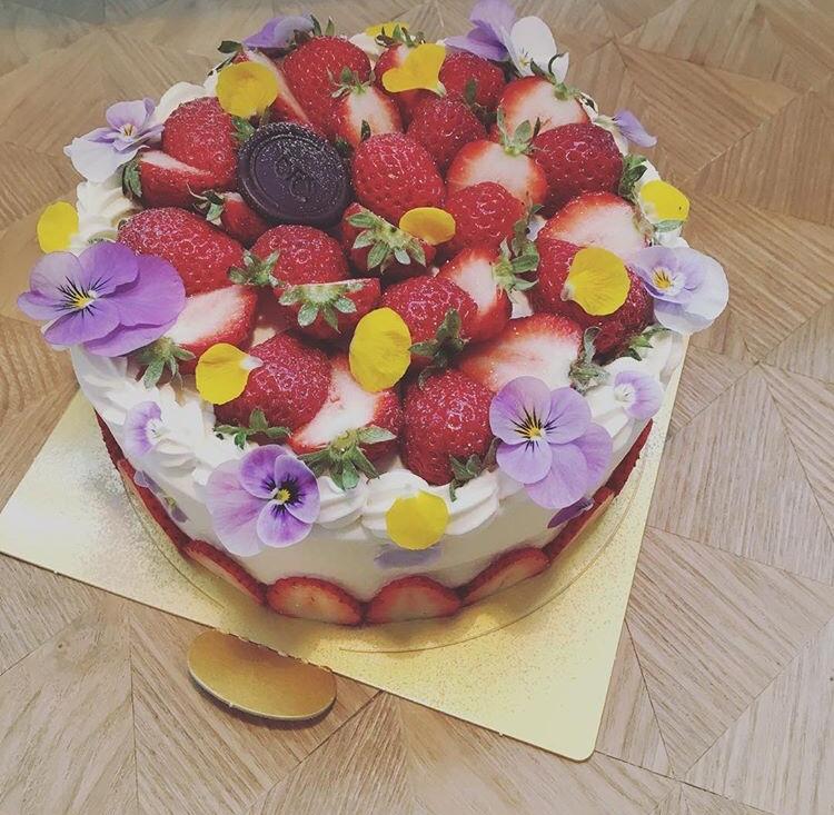 苺&カスタード ショートケーキ