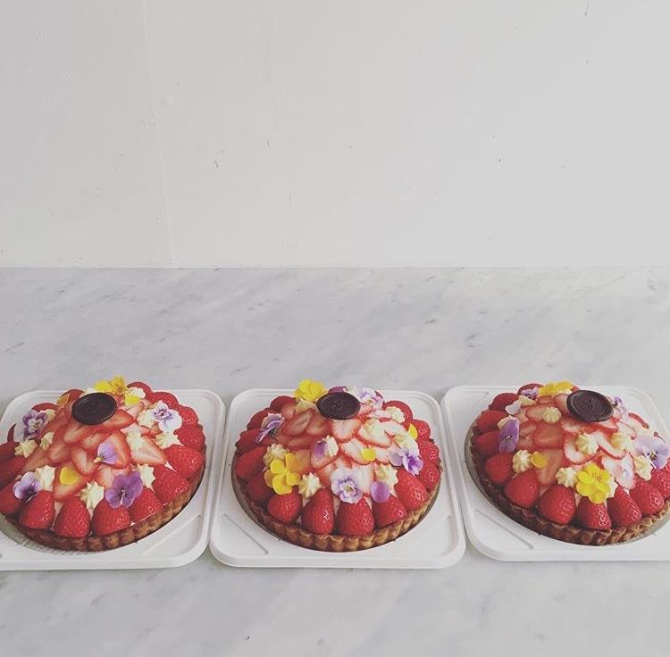 苺のチョコレートタルト