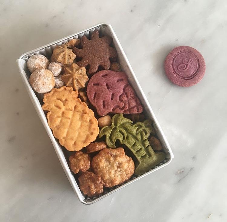 7月 クッキーBOX トロピカル缶