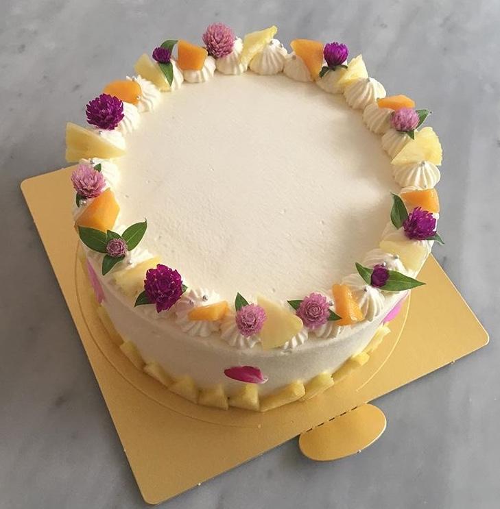 フルーツ&カスタード  リリコイクリーム ショートケーキ